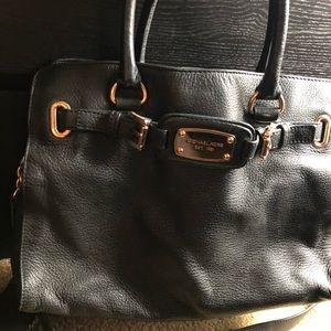 Handbags - Michael Kors hamilton medium purse